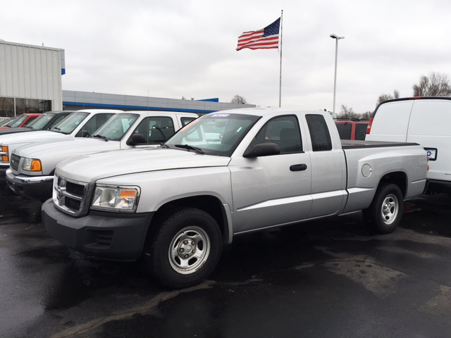 2008 DODGE Dakota 7-443227A one owner extended cab very low miles 9900