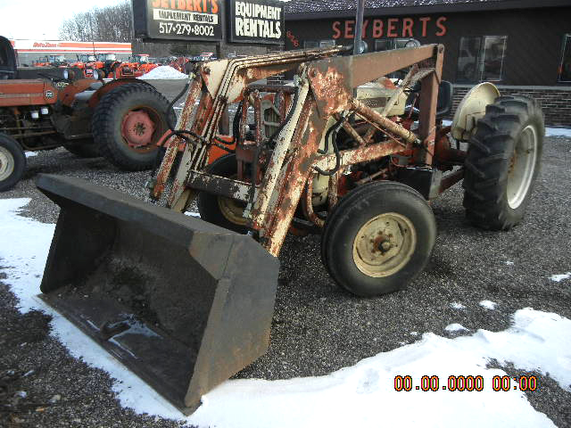1966 FORD 4000 hydraulic loader 50 HP gas engine power steering 2WD 60 loader bucket ag tires