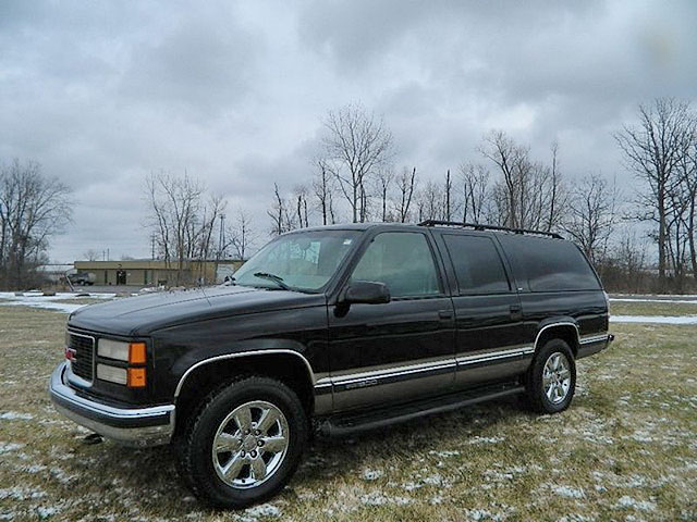 1999 GMC Suburban 1698 only 118000 miles 4x4 super clean no rust 6900