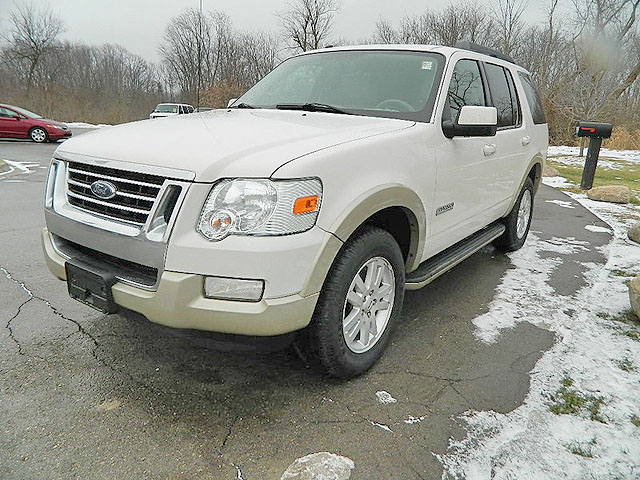 2008 FORD Explorer 1701 Eddie Bauer package 4x4 low miles 10200