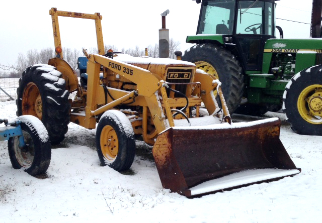 LITTLE Industrial Ford 335 tractor with loader 5950