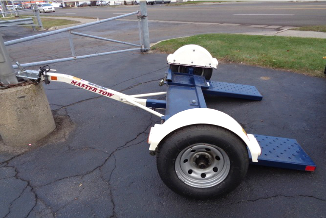 2013 MASTER Tow Dolly like new only 799