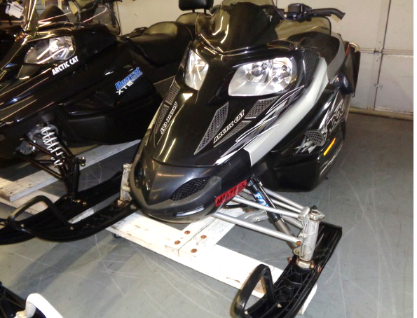 2007 ARCTIC Cat F1000 ready to ride only 3500