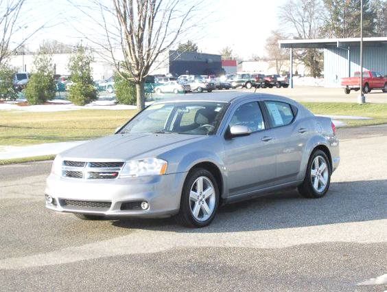 2013 DODGE Avenger SXT FT469C 6-speed automatic 57274 miles 234month for 72 months or 1479