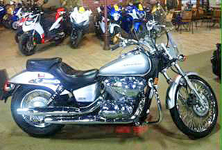 2008 HONDA Shadow Spirit 750 low miles metallic silver awesome value very easy to ride and contr