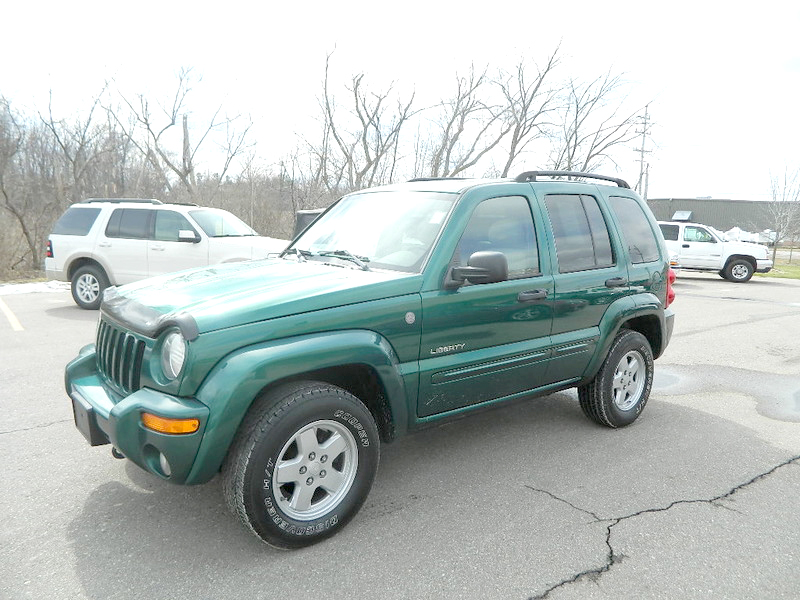 2004 JEEP Liberty Limited 1727 4x4 only 116150 miles reduced to 6900