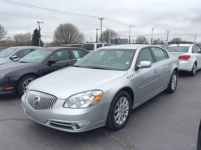 2011 BUICK Lucerne 7-240752RA low miles super clean 12900