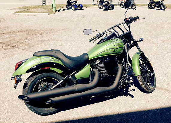 2014 KAWASAKI Vulcan 900 Custom new candy lime green old stock save on older model only 6799