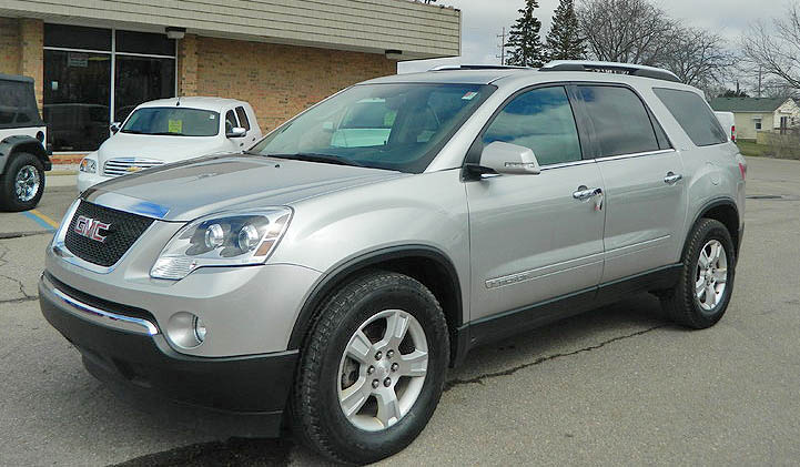 2008 GMC Acadia 1747 AWD absolutely loaded extremely low miles 13800