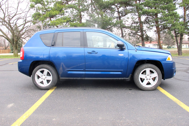 2010 JEEP Compass GC18959A auto 4x4 235 down 235month or 11900