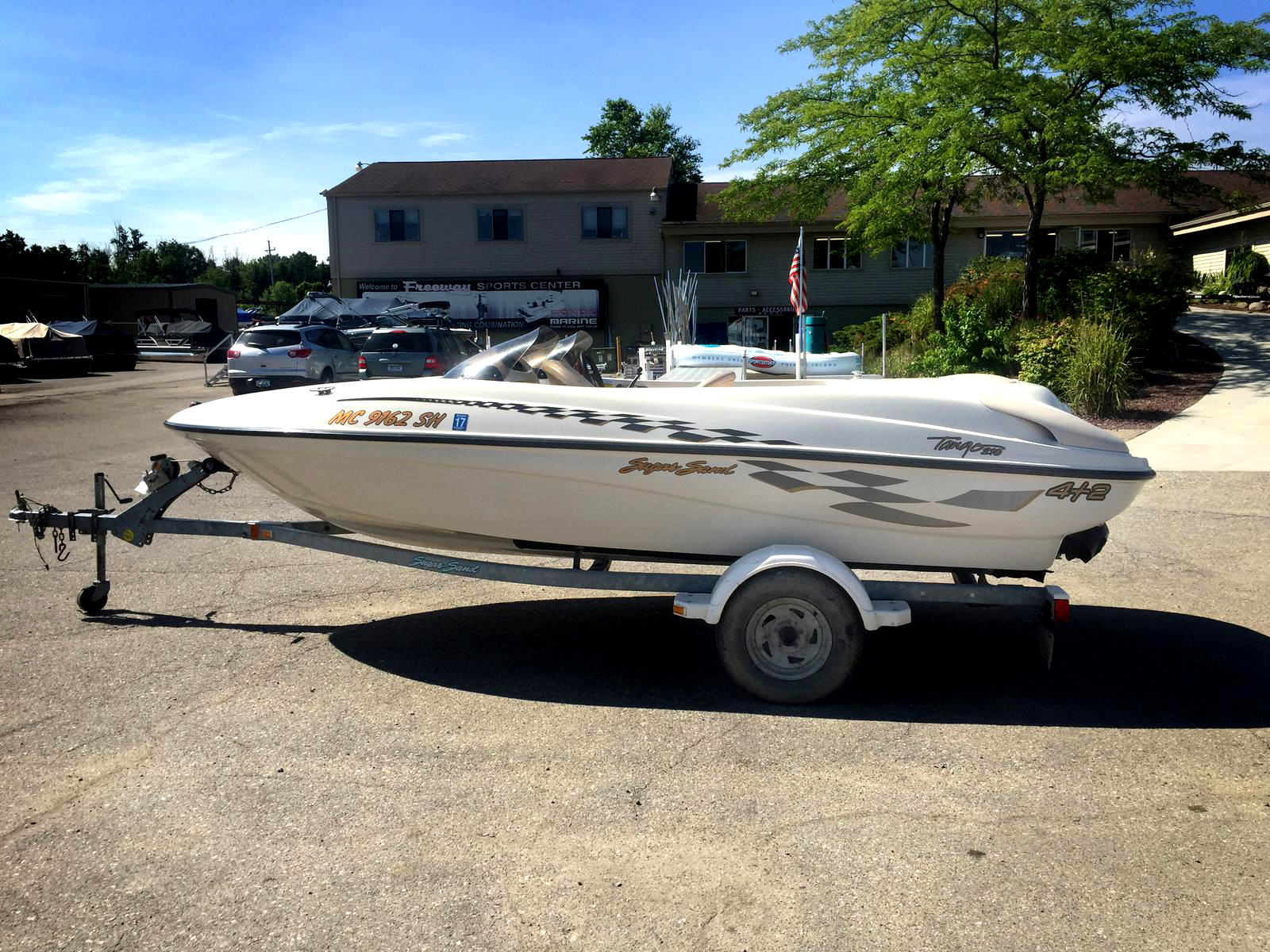 2001 SUGARSAND Jet Boat 9390 16 2 stroke 210 V6 trailer included 6995