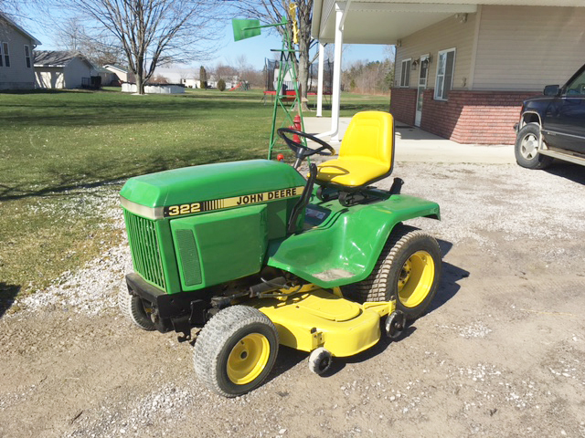 JOHN Deere 322 3 cylinder gas Yanmar liquid-cooled 50 cut power steering hydro drive ready to