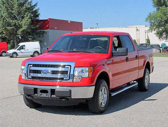 2013 FORD F-150 crew cab FU144 4x4 huge demo sale save thousands call for details