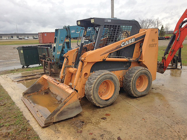 2005 CASE 60XT skid steer 75hp 6600 op weight 1800 op load 21 GPM flow 4400 breakout force 12