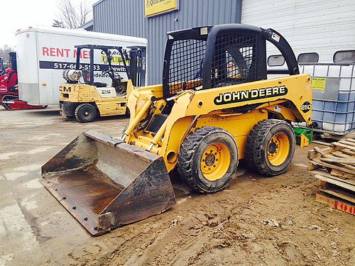 2001 JOHN Deere 250 II Skid Steer 65hp engine 6250 op weight 3600 tip load 70 bucket w cut edg