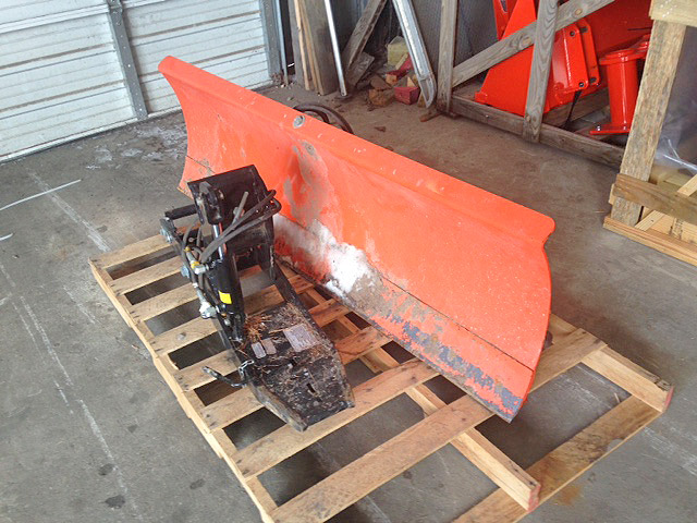2011 KUBOTA B2775 Front Blade 72 Wide Hyd Angle Removable Cutting Edge Skid Shoes Includes B27