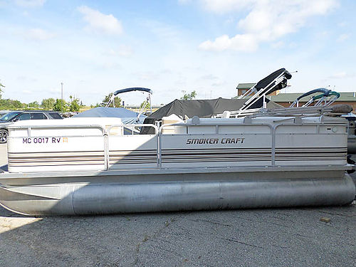 1999 SMOKERCRAFT 10834 50 HP Mercury 7995