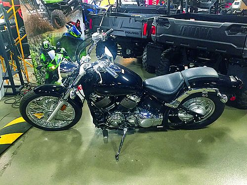 2013 YAMAHA V-Star 650 BRAND NEW black full factory warranty 0 down financing available save o