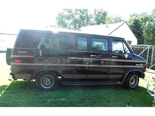 1994 GMC Travels Van excellent condition good brakes 148528 miles has fold down bed captain ch