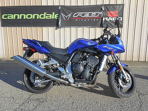 2004 YAMAHA FZ1 supersport only 11650 miles great condition only 3995