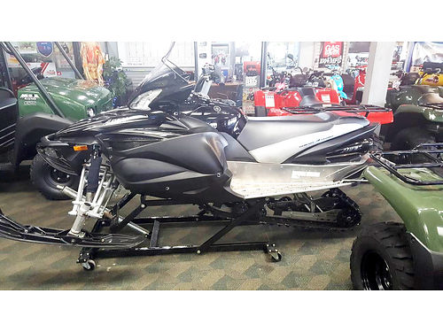 2011 YAMAHA Apex SE 988cc only 2725 miles well equipped 8999