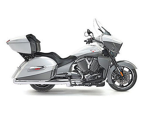 2016 VICTORY Cross Country Touring 2 year warranty ask for James or Lonny only 15788 after all