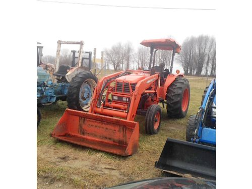 1999 KUBOTA 5400 Tractor 2WD with loader for more info visit batestractorcom 15500