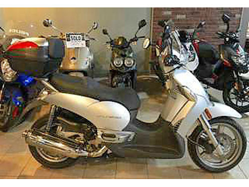 2009 APRILIA Scarabeo 500 luxury scooter fun to ride a steal at only 2488 ask for James