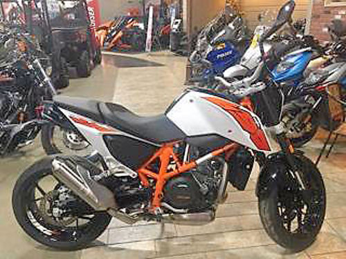 2015 KTM 690 Duke ABS must see this one ask for James 6788