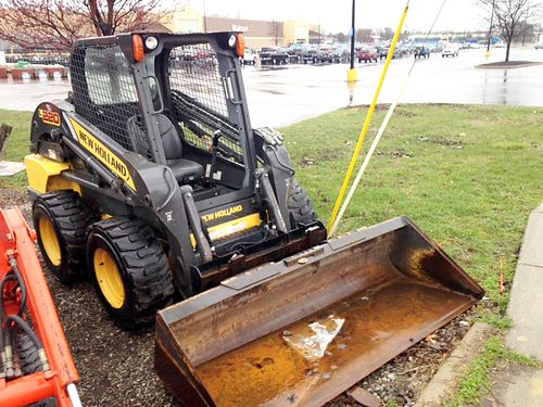 2011 NEW Holland L220 open station super boom skid steer low hours 67hp 4 cylinder diesel 72