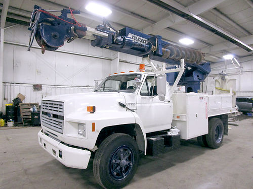 1991 FORD Boom Truck 2073 only 5620 miles with bucket and auger runs like new 24600