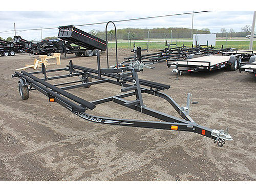 KARAVAN Pontoon Trailers bunk style float on or crank up style 16 - 25 foot ready to go wwwus2