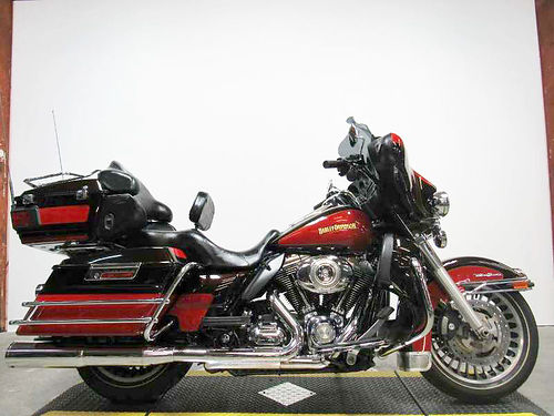2010 HARLEY-DAVIDSON Ultra Classic Electra Glide Vance  Hines exhaust 5 speed 11900 Email lea
