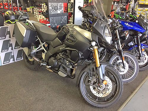 2014 SUZKI V-Strom 1000 SU20 brand new full warranty black was 13999 - now only 8999