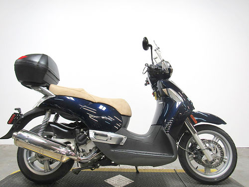 2008 APRILLA Scarabeo this awesome scooter has only 1633 miles all stock perfect 2499 for more