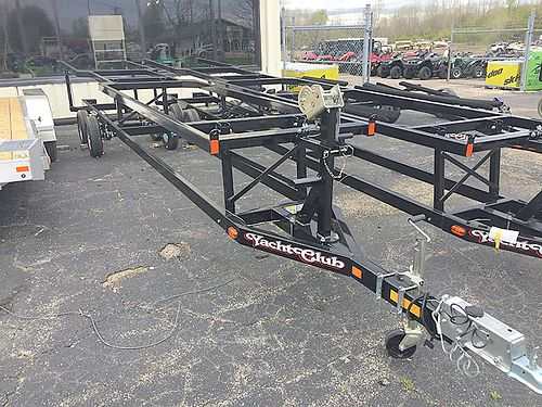 YACHT Club Pontoon Tandem Axle fits 22-26 foot boats 2899