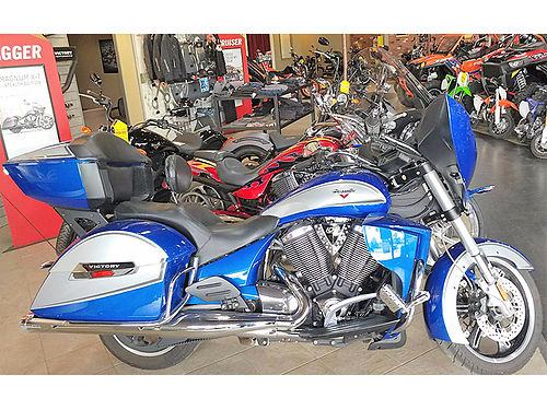 2014 VICTORY Cross Country Touring stage one lots of extras real nice ABS ask for James or Cody