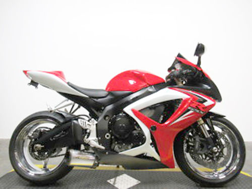 2007 SUZUKI GSX-R600 U3206 chrome wheels Two Brothers exhaust only 149month Email leadsdp36