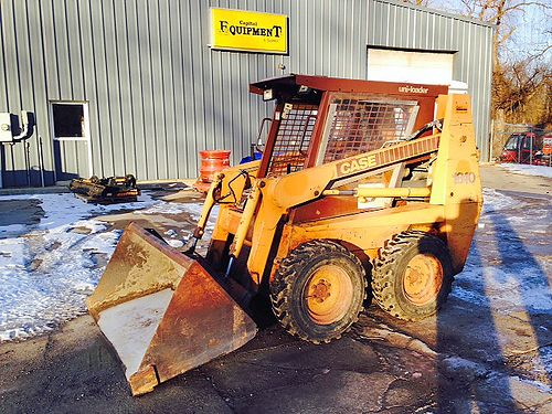 CASE 1840 Skid Steer Loaded 54 HP 65 wide QT bucket 153 GPM Hyd flow 7900 866-574-9913