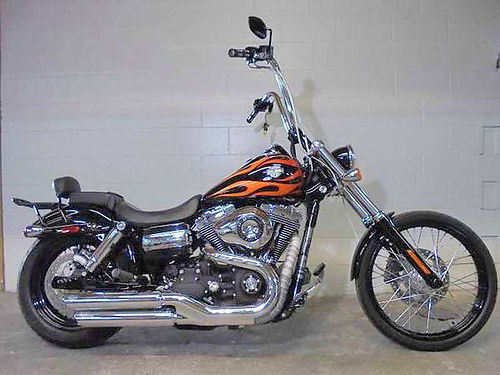 2011 HARLEY-DAVIDSON Dynawide Glide U2846 1363 miles sounds as cool as it looks 8999 Email l