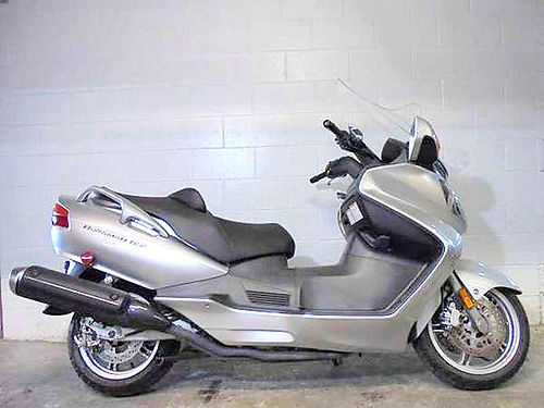 2004 SUZUKI Burgman 650 U2917 scooter only 18364 miles runs strong nice scooter 2900 Email