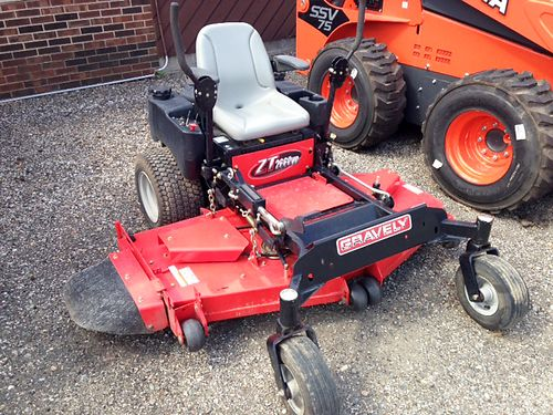 2009 GRAVELY ZT 2660 26hp Briggs  Stratton engine gas 60 fabricated deck great zero-turn only