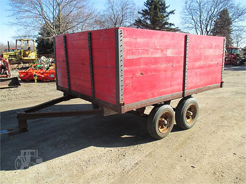 6X10 custom made trailer 5138 7x10 tandem axle grain trailer nice box good paint 950