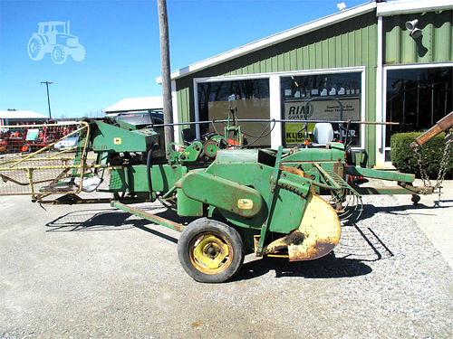 JOHN Deere 24T 5545 24T hay baler with pan kicker 1450