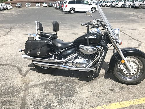 2002 SUZUKI Volusia Boulevard great cruiser with all the upgrades low miles only 2795 call Todd