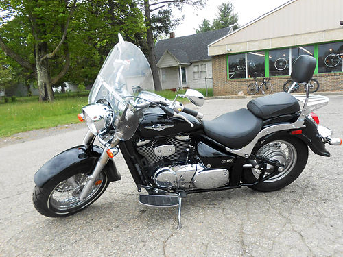 2009 SUZUKI Boulevard C50 very clean low miles only 12333 miles 3699
