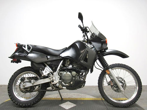 2000 KAWASAKI KLR650 U3357 tear up the trails or cruise the streets only 10300 miles 1999 em
