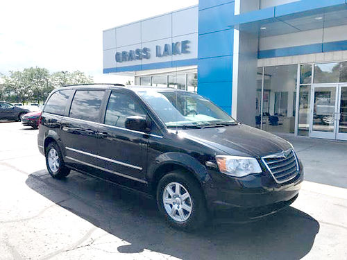 2010 CHRYSLER Town  Country P4198 FWD 38L V6 4 door 5995