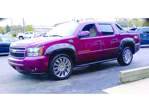 2007 CHEVY Avalanche LTZ 4x4 loaded only 245month or 12995