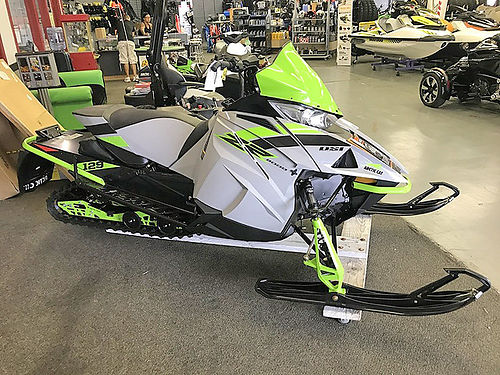 2018 ARCTIC Cat ZR 8000 Sno Pro ES 129 AY02 new early release 11799